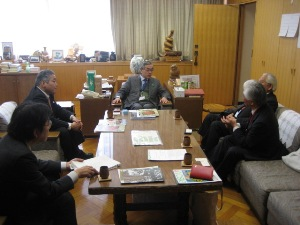 2011年4月4日 皆川事務次官と面会