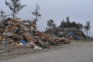 震災から2年が経過し、市内のがれき分別・再利用化へのゴールが見えて きたと説明を受けた。2013年4月10日西松建設JV事務所訪 問